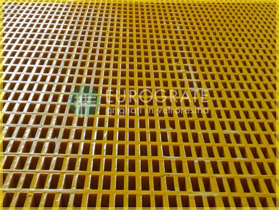 Antistatische Gitterroste mit vergleichbaren Eigenschaften wie Metallgitterroste