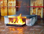 Prüfung der Feuerbeständigkeit von Gitterrosten